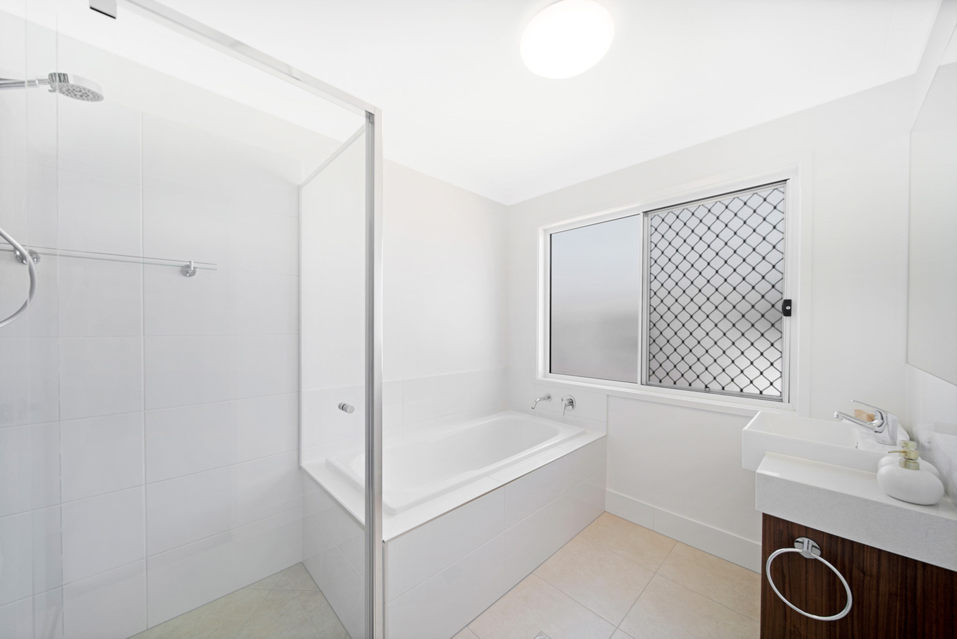 Ausbuild Townhouse Bathroom
