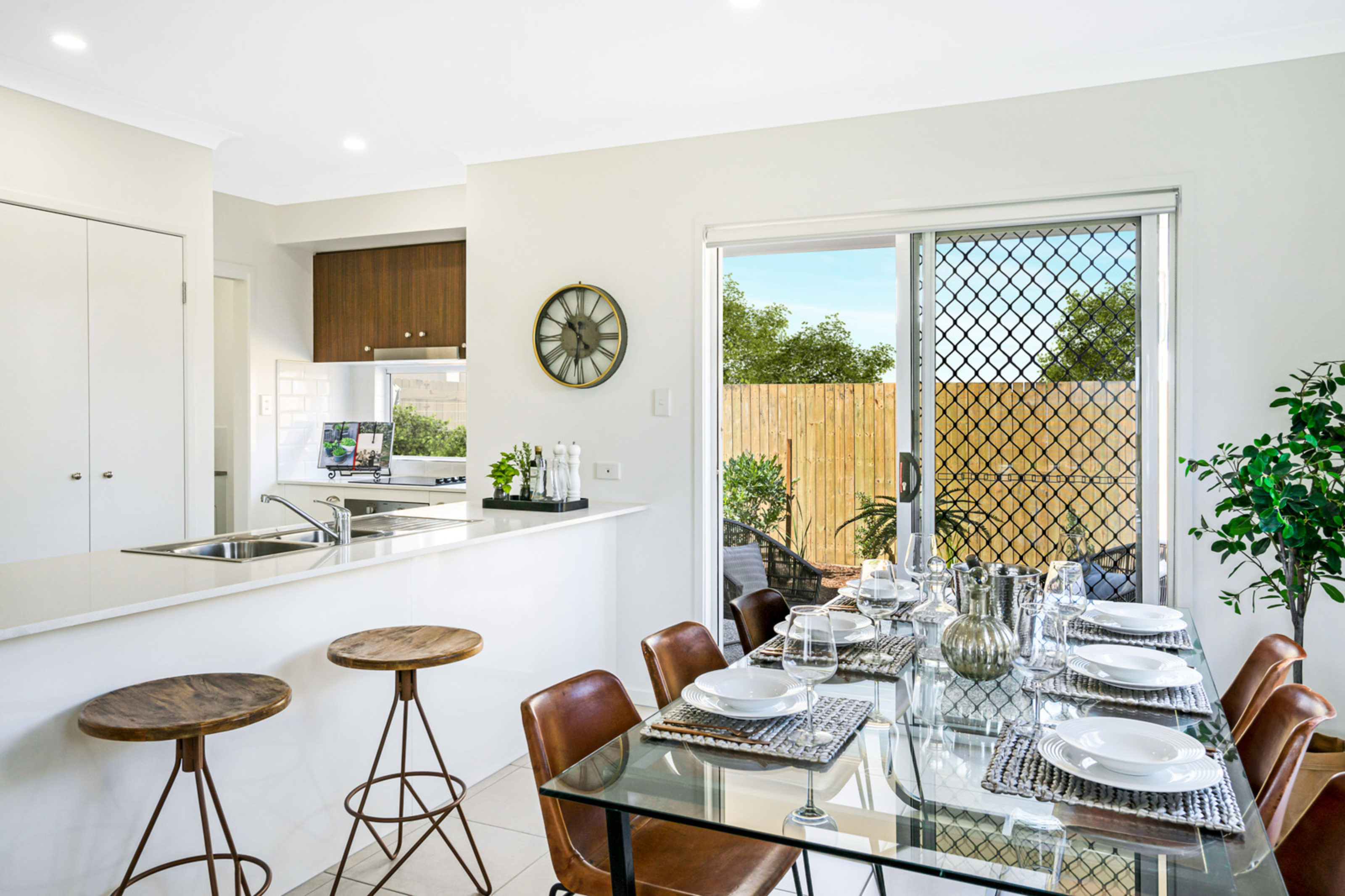 Ausbuild Townhouse Dining